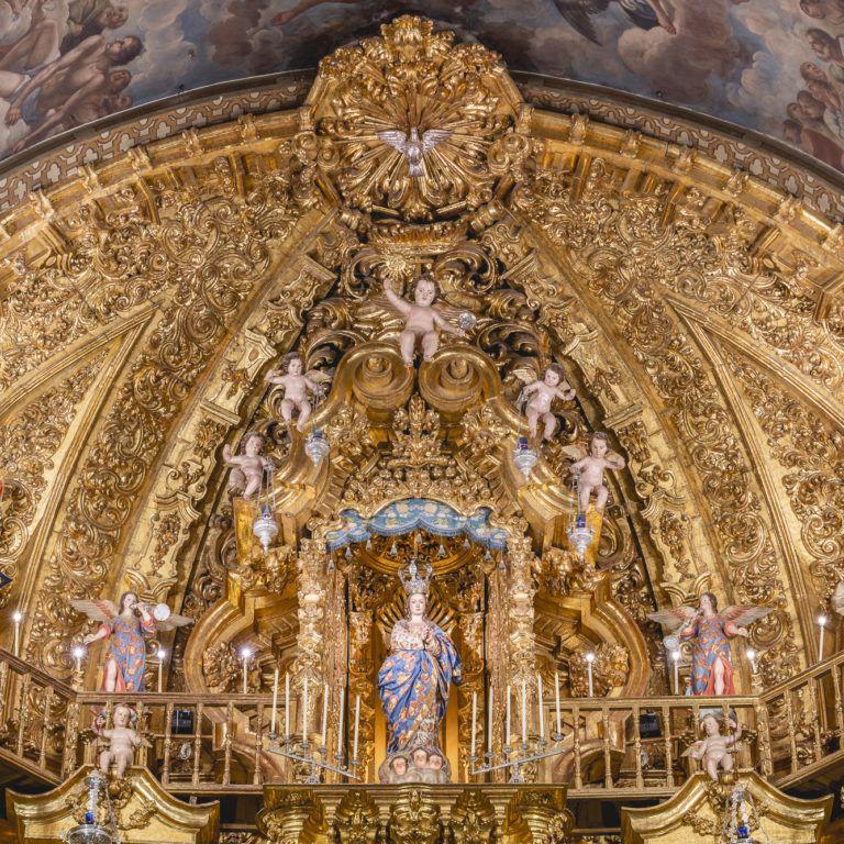 Altar mayor Basílica de San Juan de Dios en Granada - Barroco español